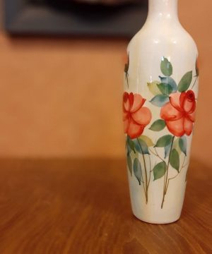 گلدان گل سرخی e
