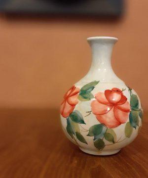 گلدان گل سرخی c-2