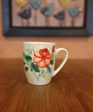 لیوان گل سرخی دسته دار