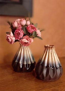 گلدان کوچک هرمی پلیسه