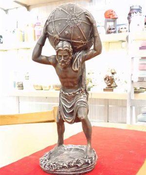 مجسمه مرد طالع بین مسی سنگی