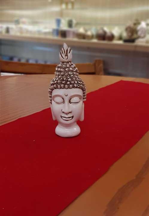 کله بودا سفید کوچک
