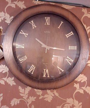 ساعت آرتا A-77