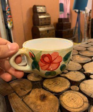فنجان تک متوسط گل سرخی