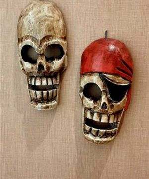 ماسک اسکلت دزددریایی