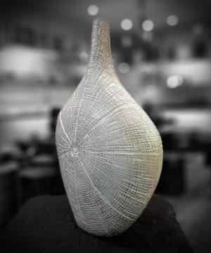 گلدان دارکوب بزرگ سفيد پتينه