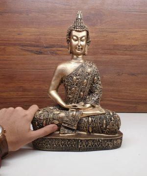 تنديس راهب طلایی